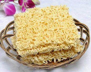 Instant noodles 3